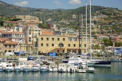 Den största yachtporten av Monaco Monaco yachtshow royaltyfria bilder