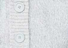 Den stack gråa tröjan med knappar stack woole Royaltyfri Fotografi