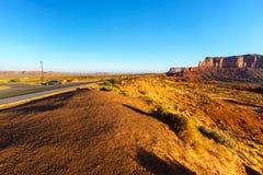 Den stam- monumentdalen parkerar, Arizona, USA Royaltyfri Bild
