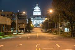 Den statliga Kapitolium av Arkansas beskådar nigh arkivbild