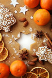 den stekheta moonen för julkakahjärta shapes stjärnan Arkivbild