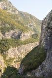 Den steniga klyftan i Montenegro Arkivbilder