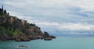 Den steniga kusten av Antalya kalkon lager videofilmer