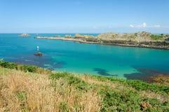 Den steniga kusten i Bretagnen arkivbild