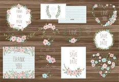 Den stilfulla kortsamlingen med blom- buketter och kransen planlägger beståndsdelar Arkivbild