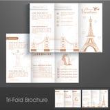 Den stilfulla trifold broschyren, katalogen och reklambladet för ferier semestrar Royaltyfri Fotografi