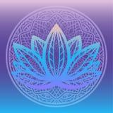 Den stiliserade logoen för lotusblommablomman i skuggor av blått och lilor som inramas med den runda blom- mandalaen på lutningba Arkivfoton