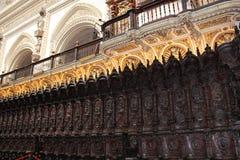 Den stora berömda inre för moské eller Mezquita i Cordoba, Spanien arkivfoton