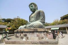 Den stora Buddha, Daibutsu, i Kamakura, Japan Arkivfoto
