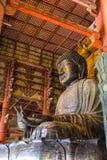 Den stora Buddha på den Todai-ji templet i Nara, Japan Arkivfoton