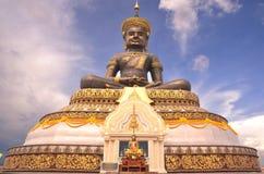 Den stora Buddha tillhör allmänheten royaltyfri foto
