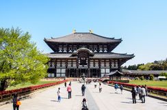 Den stora Buddhakorridoren av den Todaiji templet, Nara, Japan 1 Arkivfoton