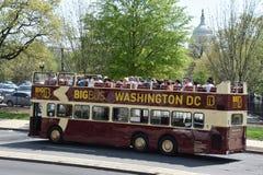 Den stora bussen turnerar bussen i Washington, DC Fotografering för Bildbyråer