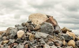 Den stora högen av vaggar och stenblock Fotografering för Bildbyråer