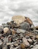 Den stora högen av vaggar och stenblock Arkivbilder