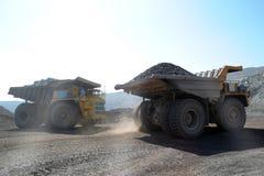 Den stora lastbiltransporten Royaltyfri Foto