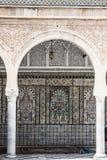 Den stora moskén av Kairouan i Tunisien royaltyfri fotografi