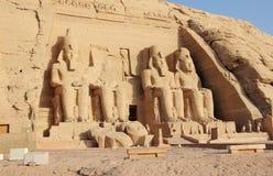 Den stora templet av Ramesses II abuegypt simbel royaltyfria foton
