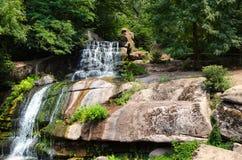 Den stora vattenfallet på vaggar Arkivbilder