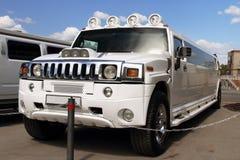 Den stora vita limousineet Arkivbild