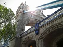 Den storartade london bron i London Royaltyfri Foto
