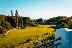 Den storslagna hotell`en s arbeta i trädgården på den Mackinac ön Royaltyfria Bilder