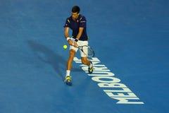 Den storslagna slamen för elva gånger öppnar mästaren Novak Djokovic av Serbien i handling under hans australier finalmatchen 201 Arkivfoto