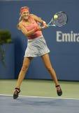 Den storslagna slamen för två gånger matchar mästaren Victoria Azarenka under första runda singlar på US Open 2013 Royaltyfria Foton