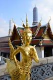 Den storslagna slotten och templet av Emerald Buddha Royaltyfri Bild