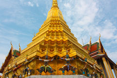 Den storslagna slotttemplet - Thailand Royaltyfri Bild