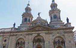 Den storstads- domkyrkan av Santiago, i den Armas fyrkanten, byggde b royaltyfri bild