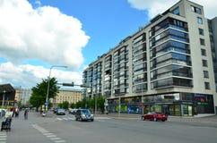 In den Straßen der schönen europäischen Stadt von Helsinki - stockbild