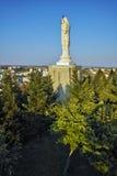 Den största monumentet av jungfruliga Mary i världen, stad av Haskovo Arkivfoto