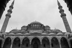 Den Suleymaniye moskén i svartvitt royaltyfri foto