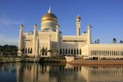 Den SultanOmar Ali Saifudding moskén, Bandar Seri tigger Arkivfoto