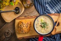 Den sura soppan som göras av rågmjöl Royaltyfria Bilder