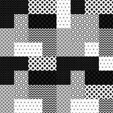 Den svartvita patchworken vadderade den geometriska sömlösa modellen, vektor Fotografering för Bildbyråer