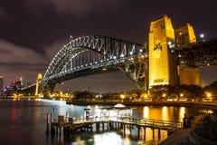 Den Sydney hamnen överbryggar Royaltyfria Bilder