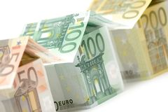 den täta euroen houses sikt Royaltyfri Bild