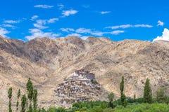 Den Takthok kloster är en buddistisk kloster i den Sakti byn i La Arkivbilder