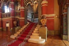 Den Terem slotten hänrycker royaltyfria bilder
