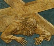 den 7th stationen av korset, Jesus faller den andra gången Royaltyfri Foto