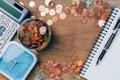 Den thailändska bahten myntar pengar, finansiellt plan Arkivbild