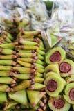 Den thailändska efterrätten, klibbiga ris fyller in bananen Royaltyfria Foton
