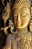 Den thailändska konstväggen mönstrar för bakgrund royaltyfria bilder