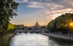Den Tiber floden i Rome Arkivbild