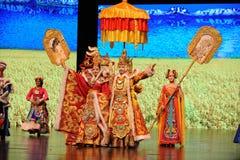 """Den Tibet konungen Song Xan Gan Bbu och prinsessan Wencheng-Large graderar scenarioshow"""" väglegend""""en Arkivfoto"""