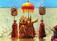 """Den Tibet konungen Song Xan Gan Bbu och prinsessan Wencheng-Large graderar scenarioshow"""" väglegend""""en Arkivfoton"""