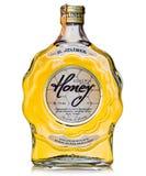 den tjeckiska anden destillerade från plommoner som ingavs med verklig honung Royaltyfri Bild