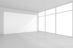 Den tomma vita affischtavlan i tomt rum med stora fönster, förlöjligar upp, tolkningen 3D Royaltyfria Bilder